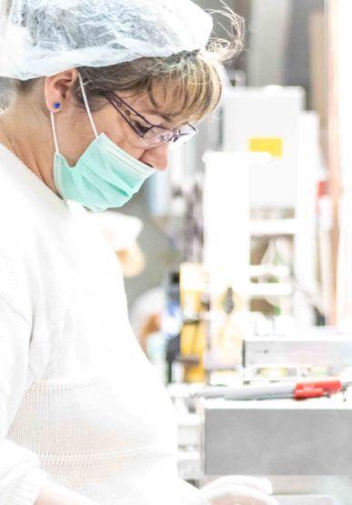 CC Laboratory bérgyártás